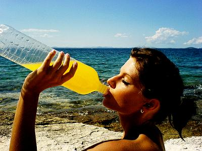 bebiendo-refresco