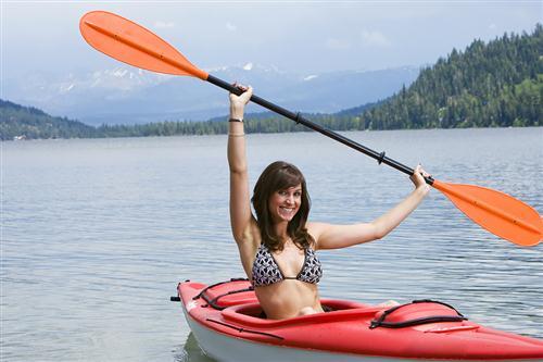 mujer-kayak
